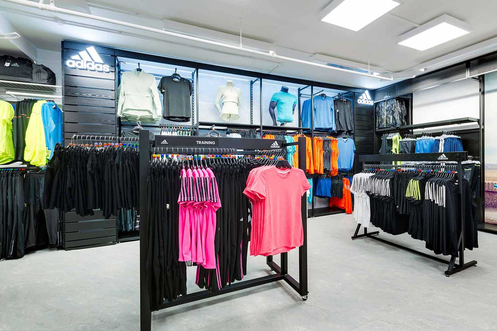 Retail store fit out design