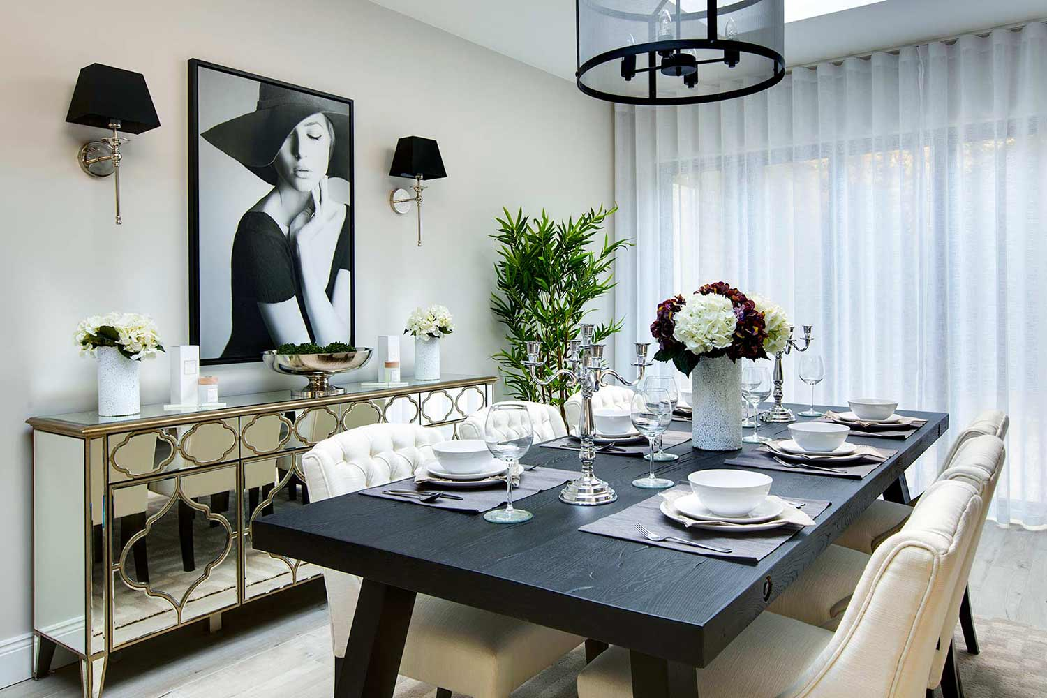 Beautiful dinning room and table